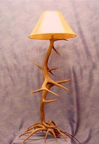 Reproduction Elk / White Tail Floor Lamp